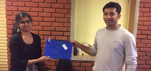 Amit felicitating Kamaljeet